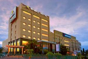 hotel dekat bandara padang