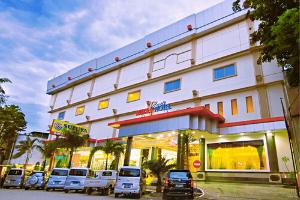 list hotel padang