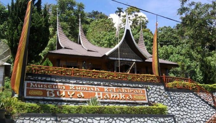 Tempat wisata Maninjau